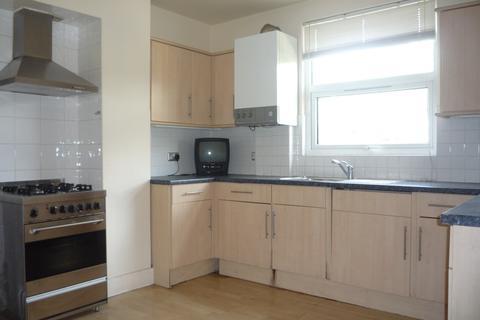 4 bedroom flat to rent - Honor Oak Park, London SE23