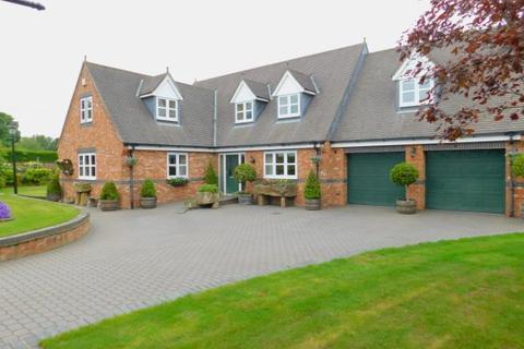 4 bedroom detached bungalow for sale - HIGH WINNINGS COTTAGES, CASTLE EDEN, PETERLEE AREA VILLAGES
