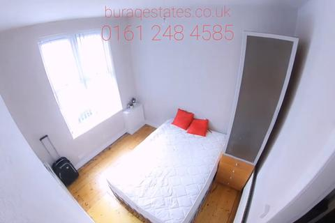 3 bedroom terraced house to rent - Cranswick street, 3 Bed,, Manchester