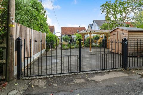1 bedroom detached bungalow for sale - Mill Lane, Terling