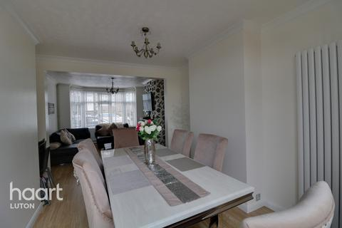 3 bedroom terraced house for sale - Milton Road, Luton