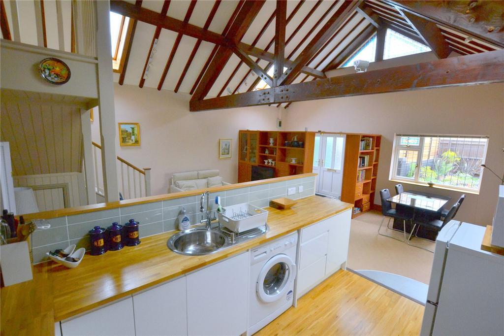 Parsonage Barn Lane, Ringwood, Hampshire, BH24 6 bed ...