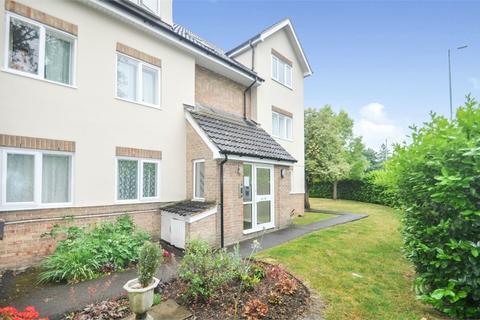2 bedroom flat for sale - Brooklands Walk, Chelmsford, Essex