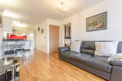 1 bedroom apartment to rent - Cumberland Road, London, N22
