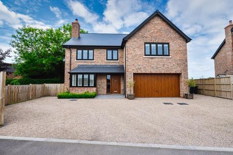 4 bedroom detached house for sale - The Mynd, Norton in Hales, Market Drayton