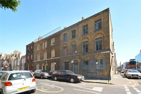 4 bedroom character property for sale - Newark Street, London, E1