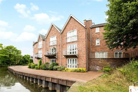 3 bedroom terraced house to rent - Waters Edge, Chester, CH1