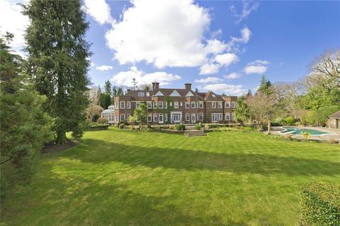 6 bedroom detached house for sale - South Ridge, St Georges Hill, Weybridge, Surrey, KT13