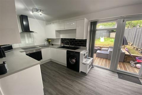 2 bedroom semi-detached house for sale - Alport Road, Sheffield, S12 4RX