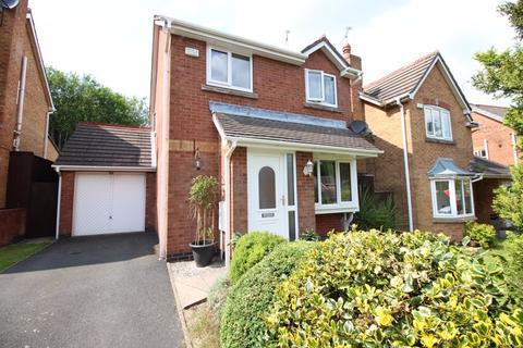 3 bedroom detached house - Merthyr Grove, Knypersley ST8 7XF