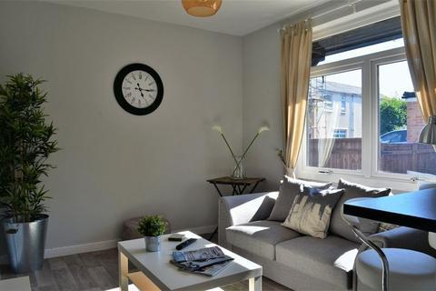 2 bedroom apartment to rent - Kennett Road, Headington.