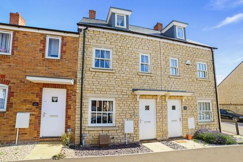 3 bedroom terraced house for sale - Amors Drove, Sherborne, DT9