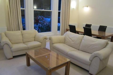 1 bedroom flat to rent - Ashfield House, Grove Road
