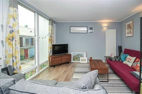 1 bedroom apartment to rent - Kilby Court, Greenroof Way, London, SE10