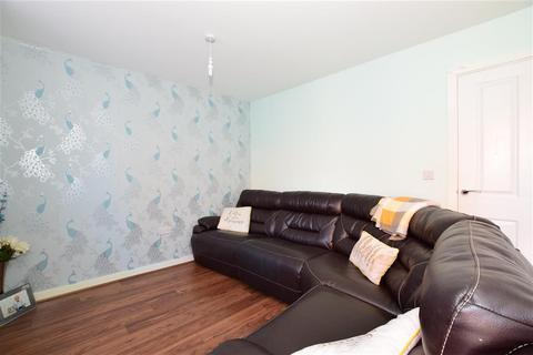 2 bedroom semi-detached house for sale - Brook Way, Rainham, Essex