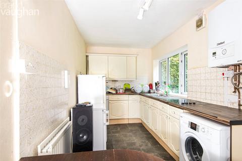 4 bedroom semi-detached house to rent - Manton Road, Brighton, East Sussex, BN2