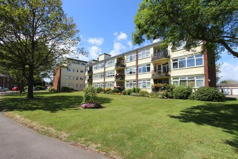 3 bedroom apartment for sale - Lord Warden Avenue, Walmer, CT14