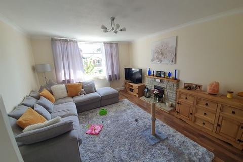 2 bedroom property - Queens Park, Bournemouth