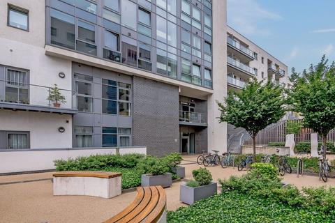 2 bedroom flat to rent - Craig Tower, Bow