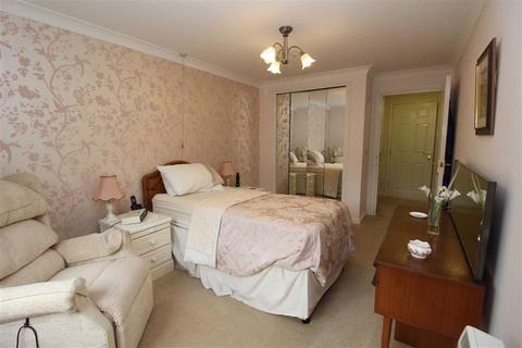 2 bedroom flat for sale - Goulding Court, Beverley