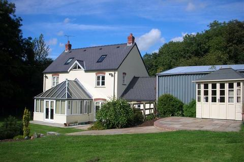 5 bedroom property with land for sale - Rudbaxton