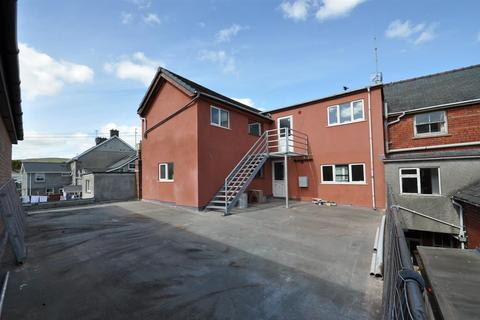 2 bedroom apartment to rent - North Street, Rhayader
