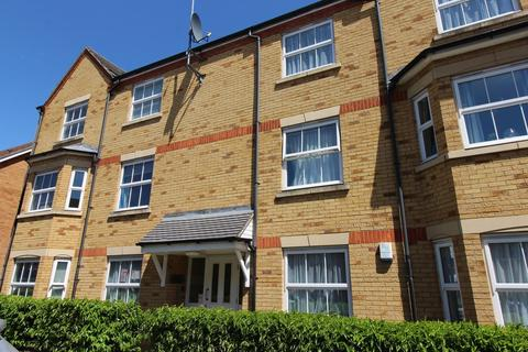 2 bedroom apartment to rent - Green Park Court, Bushy Close, Romford, Essex, RM1