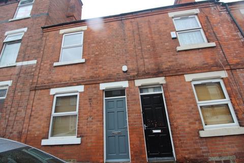 3 bedroom terraced house to rent - Monsall Street, New Basford, Nottingham, NG7