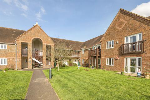 2 bedroom apartment for sale - Mary Rose Mews, Adams Way, Alton, Hampshire, GU34