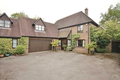 5 bedroom house to rent - Southcroft, Old Marston