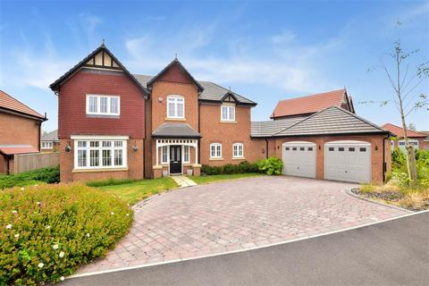 4 bedroom detached house for sale - Kingsborough Drive, Eastchurch, Sheerness, Kent