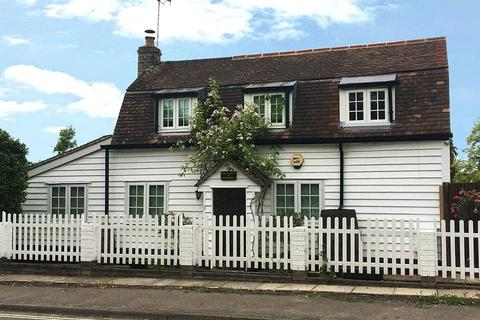 3 bedroom house for sale - Church Street, Great Baddow, Chelmsford, Essex, CM2