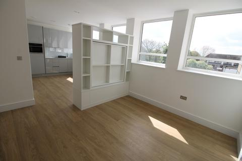 Studio to rent - Langwood House, 69 High Street, WD3
