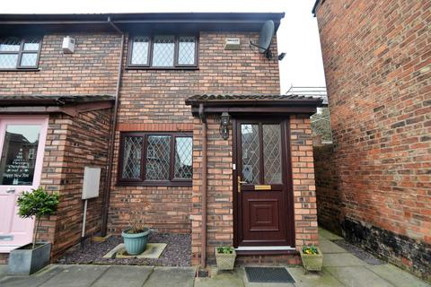 2 bedroom terraced house for sale - Barton Road, Stretford, M32