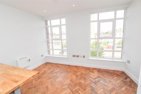 1 bedroom flat for sale - Market Place West, Ripon, HG4 1BN