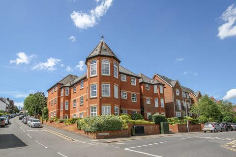 2 bedroom apartment to rent - Shrublands Road, Berkhamsted
