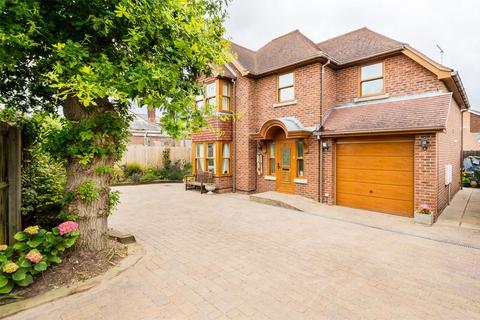 4 bedroom detached house for sale - Nottingham Place, Lee-on-the-Solent, Hampshire