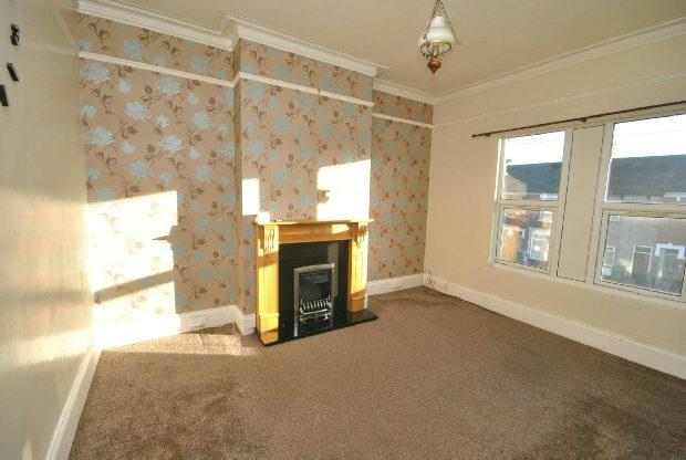 3 Bedrooms Flat for sale in Park Street, Grimsby