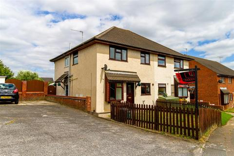 2 bedroom property for sale - Gilberd Road, Newtown, Colchester