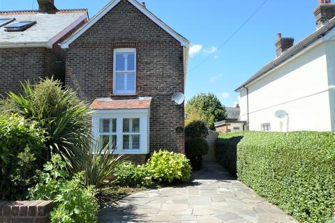 3 bedroom detached house for sale - Bosham