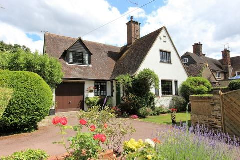 3 bedroom cottage for sale - Walpole Avenue, Chipstead