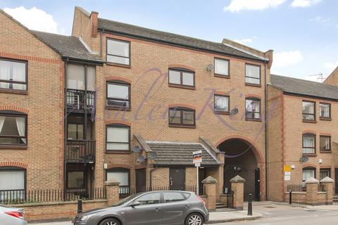 1 bedroom flat to rent - Ferry Street  London