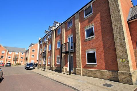 3 bedroom ground floor flat to rent - Meachen Road, Colchester, CO2 8JD