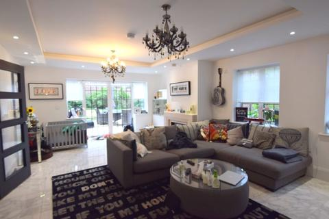 5 bedroom detached house to rent - Chandos Way, Hampstead Garden Suburb, NW11