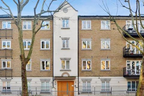 3 bedroom flat for sale - St. Andrews House, Bermondsey SE16