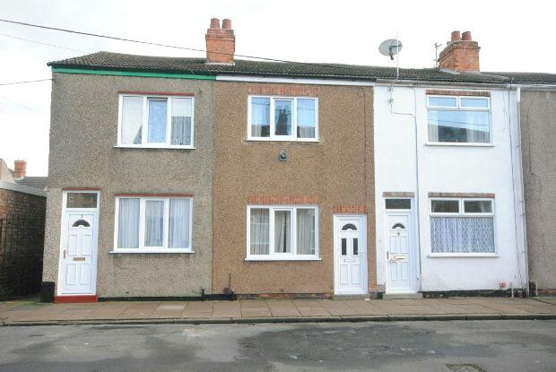 2 Bedrooms Terraced House for sale in Haycroft Street, GRIMSBY