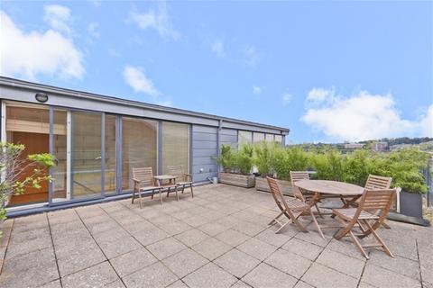 2 bedroom flat to rent - Merchants House, Collington Street, Greenwich
