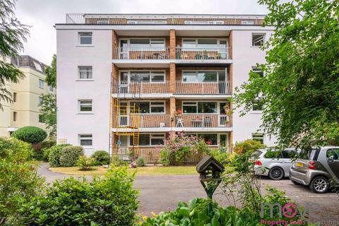 3 bedroom apartment for sale - Pittville Circus Road, Cheltenham
