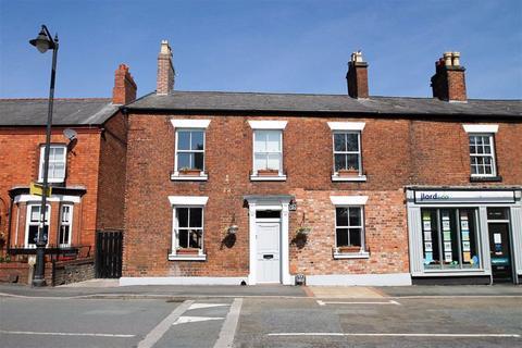 3 bedroom semi-detached house for sale - London Road, Davenham
