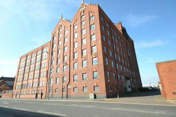 2 Bedrooms Flat for sale in Victoria Street, GRIMSBY